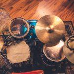 Perkusja, bębny, perkusjonalia, cowbell, tamburyn, floor tom, crash, ride, hi-hat