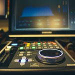sterownik DAW behringer x-touch, MIDI